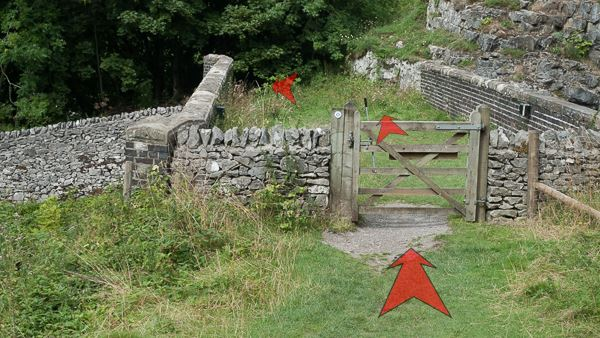 A photo of step 4 of the Chee Dale route, with red arrows superimposed to show the way.